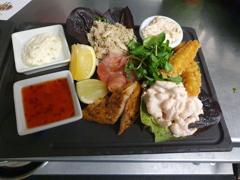 Fish Platter and Dips