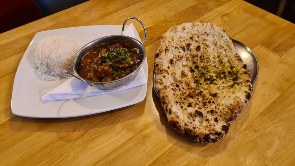 Lamb Madras with Boiled Rice and Naan